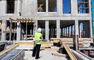 עובדים זרים לענף הבניה
